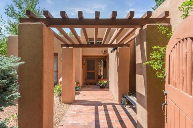 1224 La Rambla, Santa Fe, NM 87505 (MLS #201803830) :: The Desmond Group