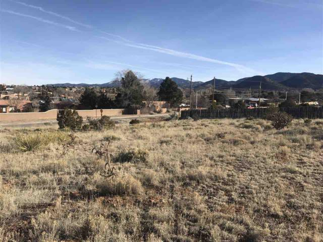2601 Monte Brisa Lane, Santa Fe, NM 87505 (MLS #201803861) :: The Desmond Group