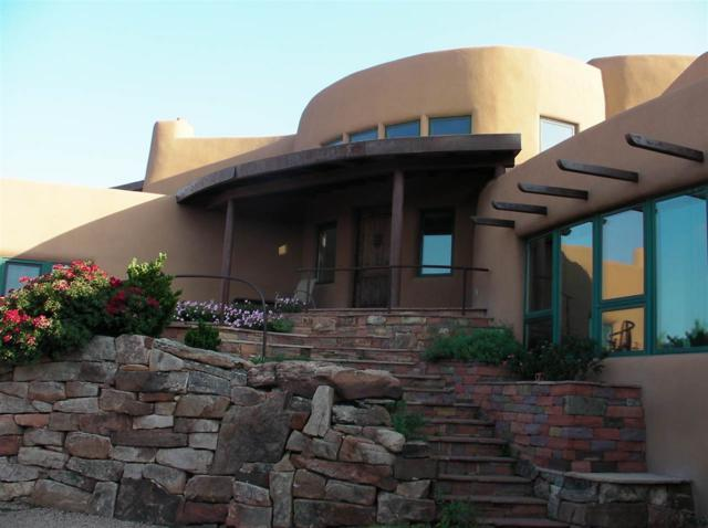 33 Bluestem Dr., Santa Fe, NM 87506 (MLS #201803871) :: The Desmond Group