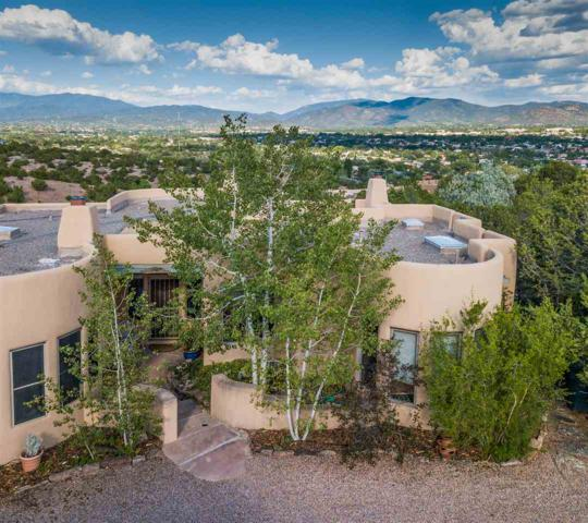 107 Starview, Santa Fe, NM 87507 (MLS #201803891) :: The Desmond Group