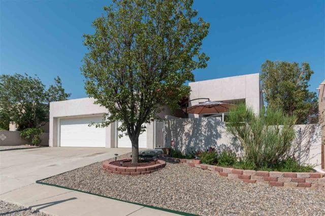 2207 Courtyard Drive Ne, Albuquerque, NM 87112 (MLS #201804012) :: The Desmond Group