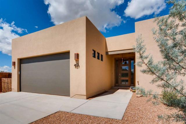 457 Calle Volver, Santa Fe, NM 87505 (MLS #201804323) :: The Desmond Group