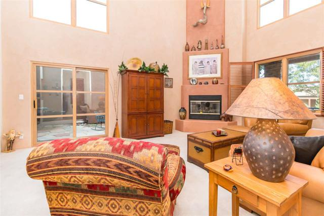 1609 Villa Strada, Santa Fe, NM 87506 (MLS #201804378) :: The Desmond Group