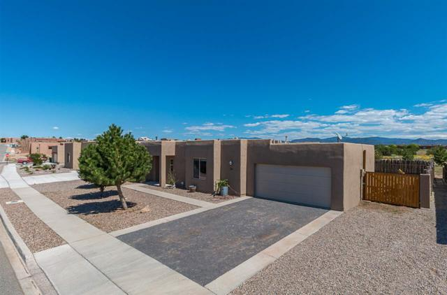 30 Canto Del Pajaro, Santa Fe, NM 87508 (MLS #201804586) :: The Desmond Group