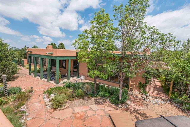 4 Camerada Rd., Santa Fe, NM 87508 (MLS #201804620) :: The Very Best of Santa Fe