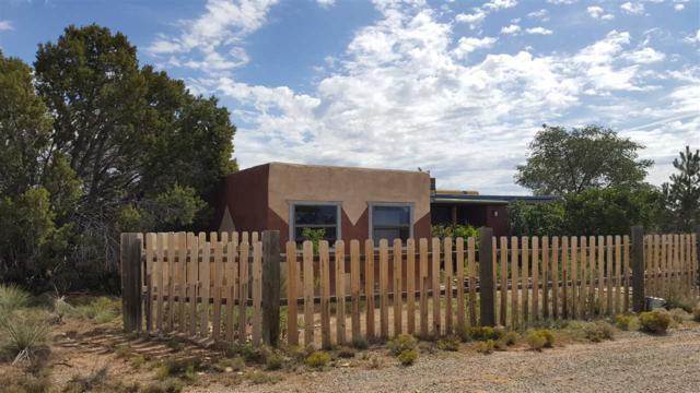 262 Camino Los Abuelos, Santa Fe, NM 87508 (MLS #201804658) :: The Very Best of Santa Fe