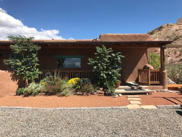 24 Lower Firehouse, Espanola, NM 87532 (MLS #201804660) :: The Desmond Group