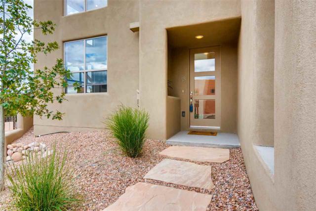 18 Calle Lemita, Santa Fe, NM 87507 (MLS #201804751) :: The Desmond Group