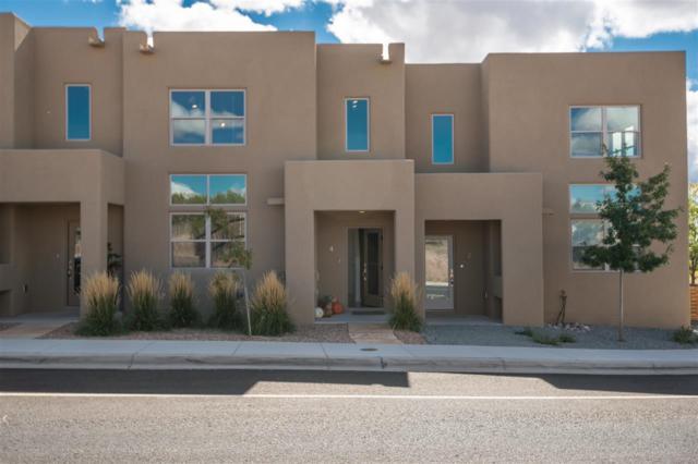 4 Calle Lemita, Santa Fe, NM 87507 (MLS #201804806) :: The Desmond Group