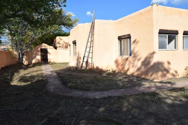 111 La Loma Street Paseo Del Puebl, Taos, NM 87571 (MLS #201805014) :: The Desmond Group