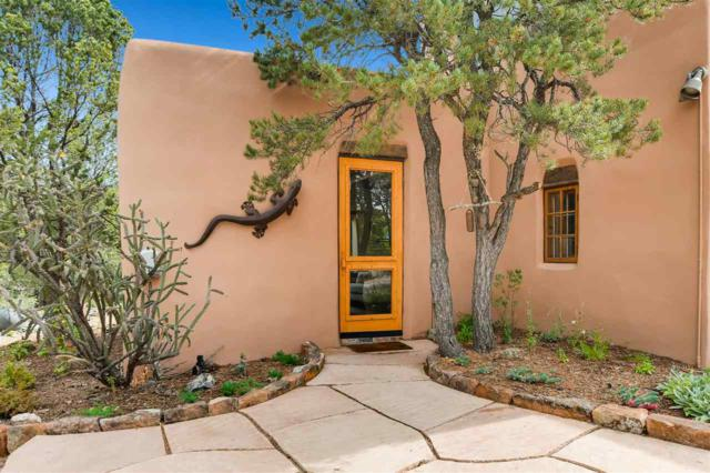 805 Apodaca Hill, Santa Fe, NM 87501 (MLS #201805028) :: The Very Best of Santa Fe