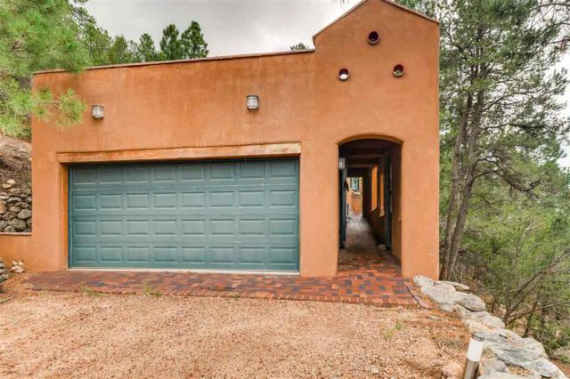 80 La Barbaria, Santa Fe, NM 87505 (MLS #201805034) :: The Very Best of Santa Fe