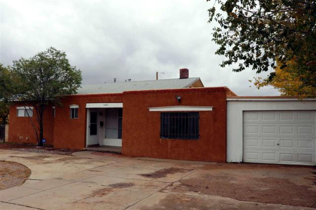 1000 Camino Carlos Rey, Santa Fe, NM 87507 (MLS #201805088) :: The Very Best of Santa Fe