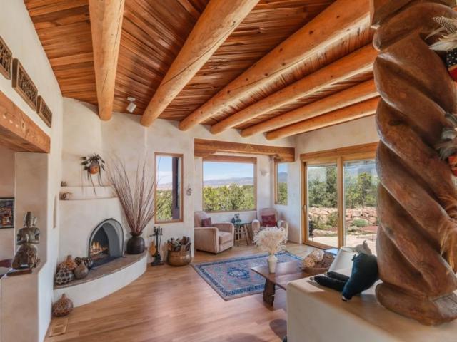 22 Loma Serena, Santa Fe, NM 87506 (MLS #201805145) :: The Very Best of Santa Fe