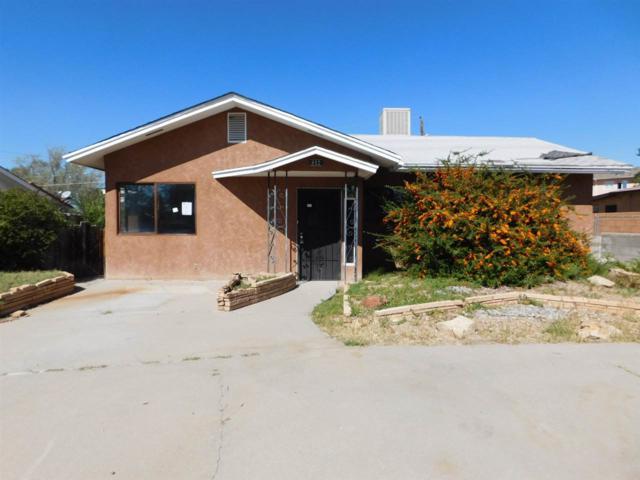 812 Ash Loop, Espanola, NM 87532 (MLS #201805216) :: The Very Best of Santa Fe