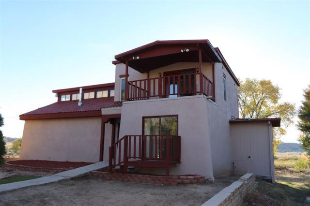 11 Calle Chiripada, Espanola, NM 87532 (MLS #201805263) :: The Very Best of Santa Fe