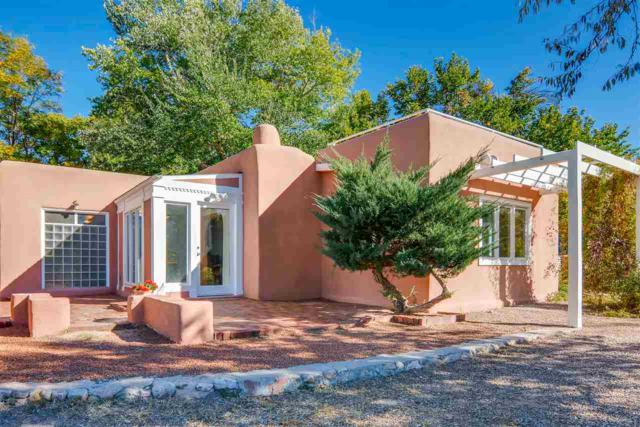 11 Camino Ancon Unit 4, Santa Fe, NM 87506 (MLS #201805281) :: The Very Best of Santa Fe