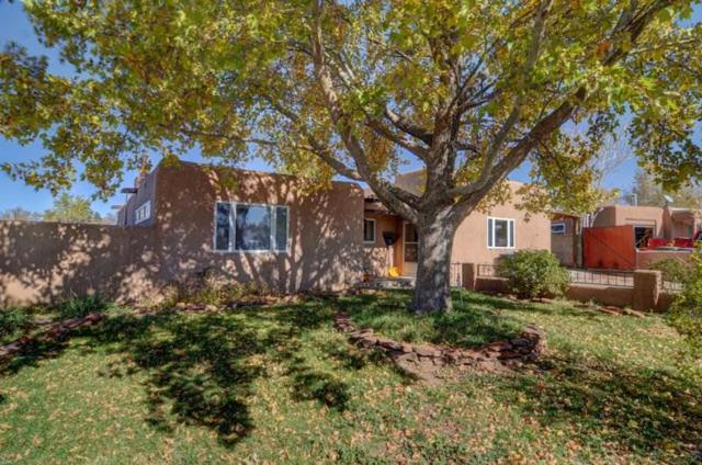 2739 Calle Cedro, Santa Fe, NM 87505 (MLS #201805295) :: The Very Best of Santa Fe
