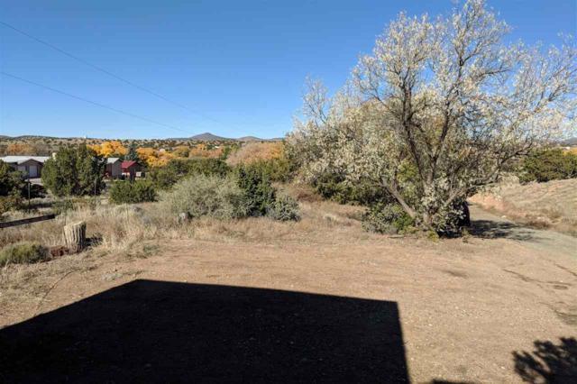 173 Las Estrellas A & B, Santa Fe, NM 87507 (MLS #201805313) :: The Bigelow Team / Realty One of New Mexico