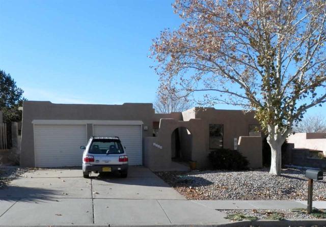 2302 Calle Agar, Santa Fe, NM 87505 (MLS #201805383) :: The Desmond Group
