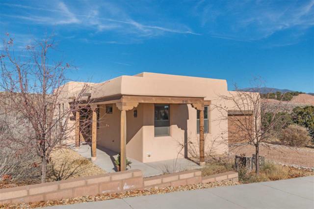1651 Placita De Luna, Santa Fe, NM 87506 (MLS #201805393) :: The Very Best of Santa Fe