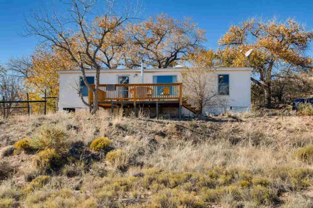 30 Lomas De La Cruz, Espanola, NM 87532 (MLS #201805420) :: The Very Best of Santa Fe