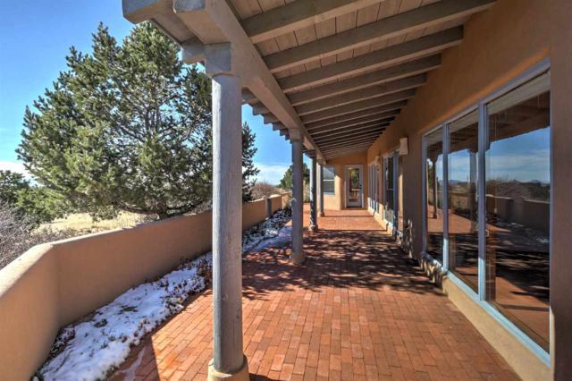 13 Jornada Loop, Santa Fe, NM 87508 (MLS #201805429) :: The Desmond Group
