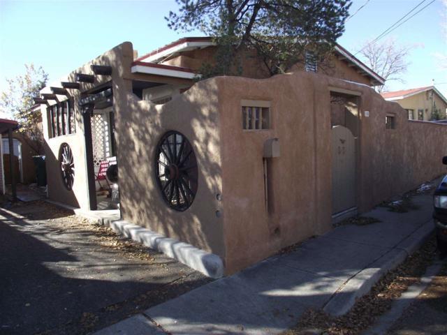 108 Moore, Santa Fe, NM 87501 (MLS #201805470) :: The Very Best of Santa Fe