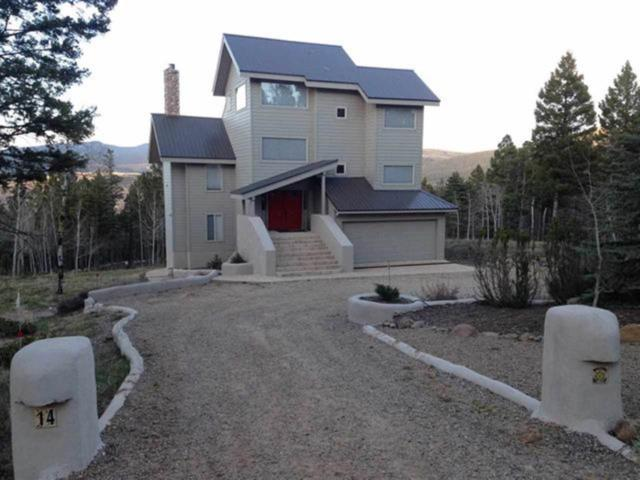 14 Cochiti Trail, Angel Fire, NM 87710 (MLS #201805485) :: The Very Best of Santa Fe