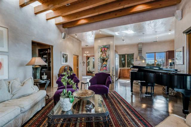 2 Calle Arbusto, Santa Fe, NM 87506 (MLS #201805553) :: The Very Best of Santa Fe