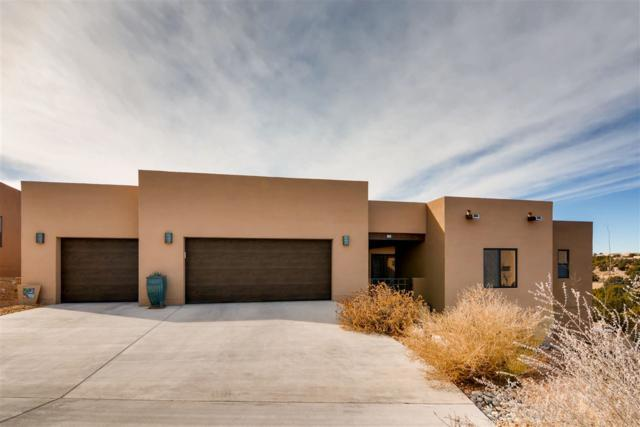 12 Via Nova, Santa Fe, NM 87507 (MLS #201805601) :: The Desmond Group