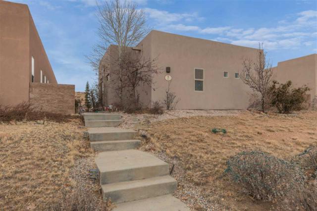 91 Johnson Mesa, Santa Fe, NM 87508 (MLS #201805627) :: The Desmond Group