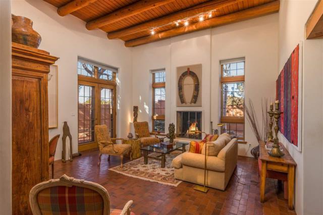 702 Calle Del Resplandor, Santa Fe, NM 87505 (MLS #201805676) :: The Very Best of Santa Fe