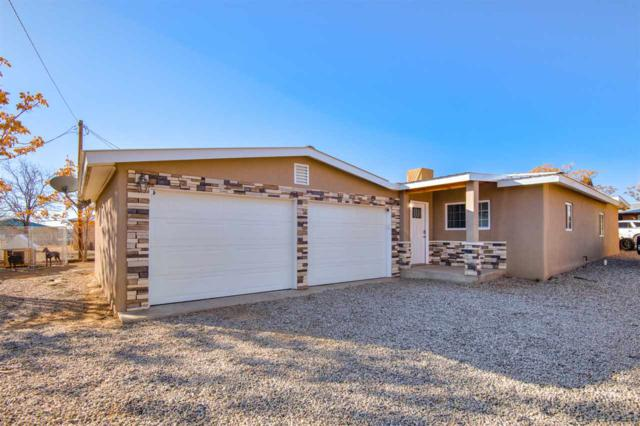1006 Calle Loma, Espanola, NM 87532 (MLS #201805842) :: The Bigelow Team / Realty One of New Mexico