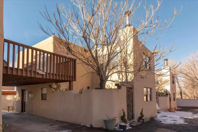 947 Agua Fria Unit I, Santa Fe, NM 87501 (MLS #201900080) :: The Very Best of Santa Fe