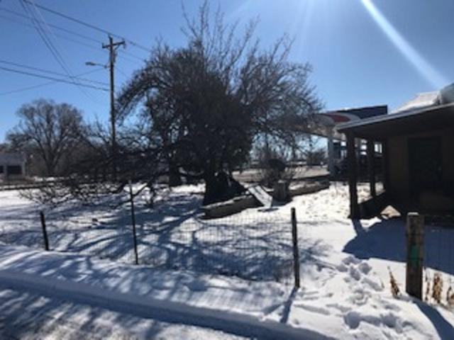 2212 N Riverside Drive, Espanola, NM 87532 (MLS #201900151) :: The Bigelow Team / Realty One of New Mexico