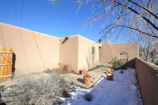 1030 Don Diego, Santa Fe, NM 87505 (MLS #201900158) :: The Bigelow Team / Realty One of New Mexico