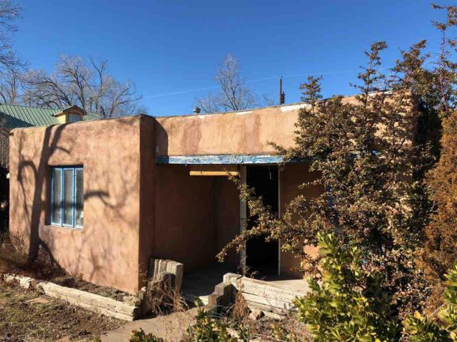 1605 Young St, Santa Fe, NM 87505 (MLS #201900170) :: The Bigelow Team / Realty One of New Mexico