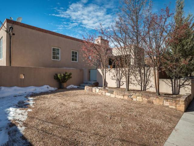 806 E Palace A, Santa Fe, NM 87501 (MLS #201900179) :: The Bigelow Team / Realty One of New Mexico