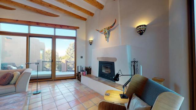 14 Camino Bonito, Santa Fe, NM 87506 (MLS #201900371) :: The Very Best of Santa Fe