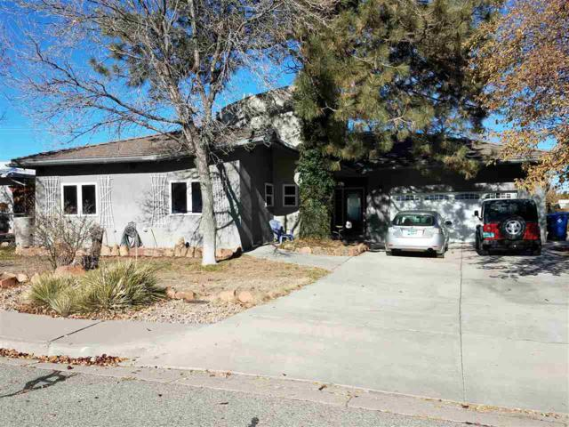44 La Paloma Dr, Los Alamos, NM 87544 (MLS #201900387) :: The Bigelow Team / Realty One of New Mexico