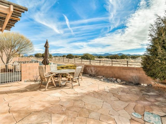 1 Narbona Pass, Santa Fe, NM 87508 (MLS #201900396) :: The Desmond Group
