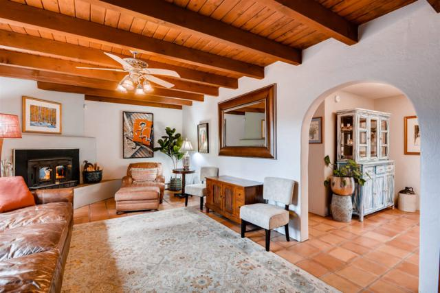 988 Acequia Madre, Santa Fe, NM 87505 (MLS #201900439) :: The Desmond Group