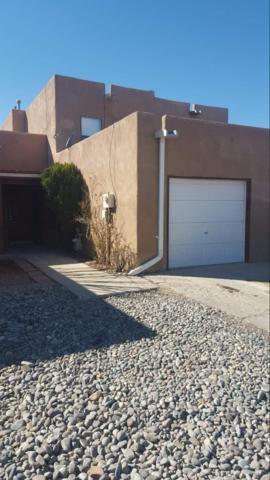 1032 Avenida Linda, Santa Fe, NM 87507 (MLS #201900469) :: The Bigelow Team / Realty One of New Mexico