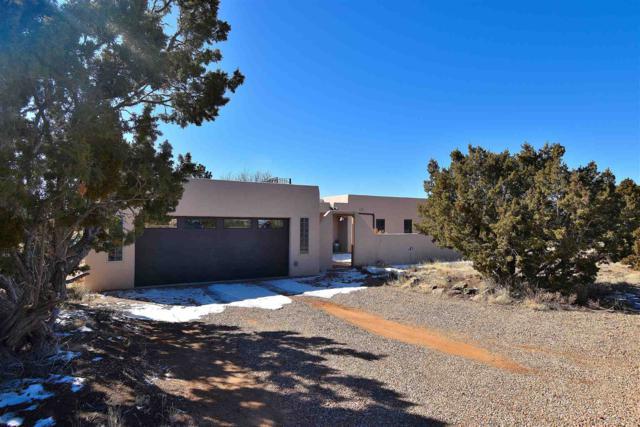 61 Herrada Rd, Santa Fe, NM 87508 (MLS #201900478) :: The Desmond Group