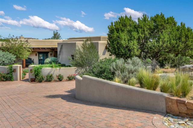 3 Agua Dulce, Santa Fe, NM 87506 (MLS #201900497) :: The Desmond Group
