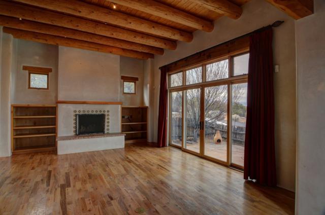 44 Lodge Circle G, Santa Fe, NM 87506 (MLS #201900526) :: The Desmond Group