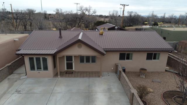 2820 Alamosa Dr, Santa Fe, NM 87507 (MLS #201900542) :: The Desmond Group