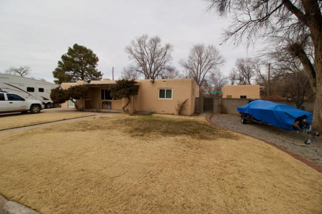 1401 Santa Clara Dr, Espanola, NM 87532 (MLS #201900569) :: The Bigelow Team / Realty One of New Mexico