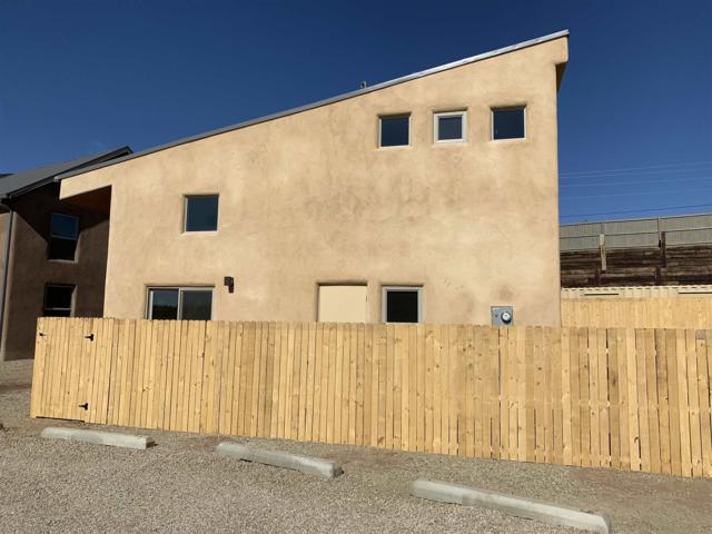 2180 W Alameda Street #11, Santa Fe, NM 87507 (MLS #201900608) :: The Bigelow Team / Realty One of New Mexico